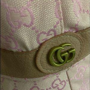 Gucci pink bucket hat